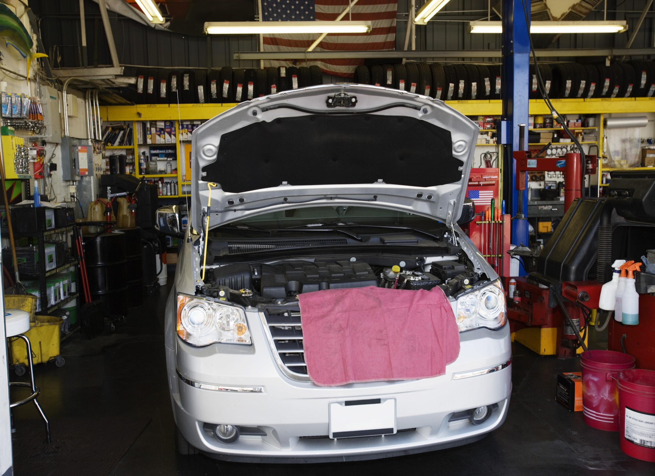 Fundamental guide to automotive repairing and troubleshooting